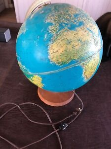 Vintage Replogle 12 World Horizon Series Light Up World Globe With Wood Base
