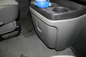 2005 Chevrolet Express Van 1500 Center Console Cup Holders