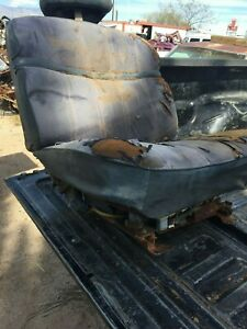 1971 76 Front Bucket Seats 4 Dr Only Pw Driver Caprice Impala Gm Bop Cadillac
