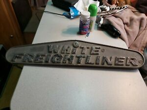 1 White Freight Liner Truck Emblem Old School 50 s To 60 s