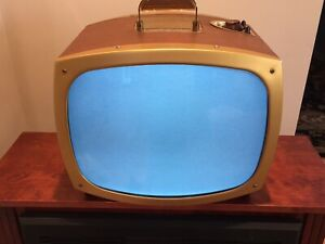 Vintage Setchell Carlson Table Top Television Model C102 Picture Works