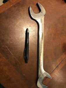 Snap On Tool 4four Way Angle Head Wrench Hydraulic Diesel Line Lg Vs46b 1 7 16