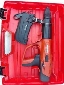 Hilti Dx 460 Powder Actuated Nail Gun W Case And Mx 72 Magazine