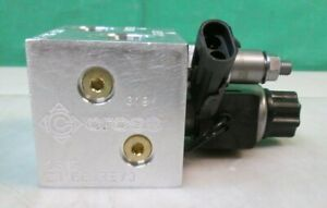 New Cross Hydraulic Valve Assembly Block Pressure Relief Valve Solenoid Coil