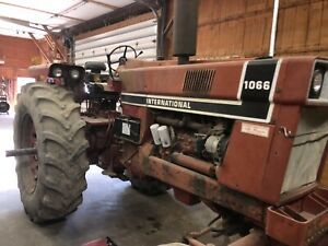 Ih 1066 Tractor Duals Runs Great 1600 Hrs Reman Eng International Harvester