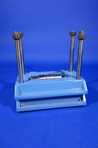 Lab Press Gel Electrophoresis Laboratory Instrument Press With Spacers