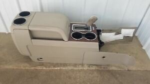 11 14 Lincoln Navigator Front Center Floor Console Neutral W At Floor Shifter