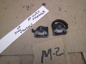 2003 2011 Lincoln Town Car Marquis Crown Vic Center Console Lid Hinge Retainers