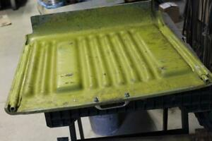 Clark Forklift Ec 500 Under Seat Battery Cover