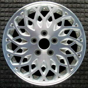 Chrysler Town And Country Machined W Silver Pockets 16 Inch Oem Wheel 1998