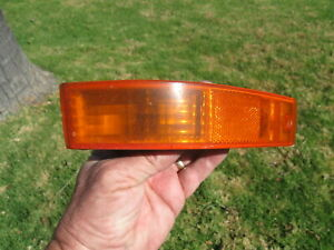 88 89 1988 1989 Honda Prelude Left Front Turn Signal Lamp Corner Light Lens