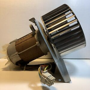 Dryer Td3030 Drum Motor Cooling Fan wascomat Ec95c80 2t 120v 60hz Motor Used