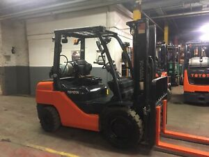 2015 Toyota 6000 Lb Solid Pneumatic Forklift With 2 Stage Mast Fork Positioners