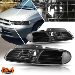 For 96 00 Chrysler Town Country Voyager Headlight Lamp Black Housing Clear Side