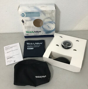 New Welch Allyn Ds45 11c Durashock Integrated Sphygmomanometer Adult Size 11