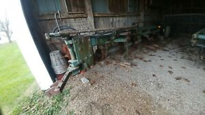 John Deere 1350 1450 5 Bottom Plows W hydraulics Very Nice Shape Ready