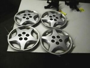 Wheel Cover Hubcap 14 Wheel Fits 00 05 Cavalier 265956