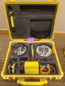 2x Trimble R8 Model 1 Gps rtk Rovers And Hpb 450 Radio cables case tribrach
