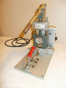 Crystal Alloy Manual Injection Molder Benchtop Plastic 2 3 Oz Injector W extras