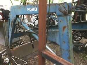 Ford 770 Tractor Front End Loader W some Hoses Lines As is Parts Only
