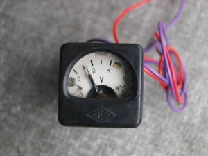Vintage Mini Soviet Ussr Russian Military Grade Panel Meter Dc Voltmeter M1131