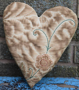Primitive Quilt Heart Valentine Bowl Filler Cupboard Tuck Coffee Stained Floral