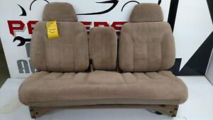 1995 Suburban 1500 Front Bench Seat W Head Rests Light Beige Trim Code 64d