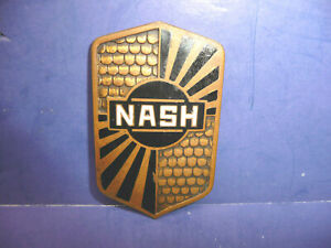 Vintage 1931 Nash Radiator Enamel Emblem Badge Ct27