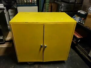 35 X 35 X 22 22 Gal Gallon Flammable Liquid Storage Cabinet ships Freight