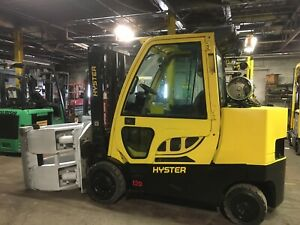 2016 Hyster 12000 Lb Lift With 2016 Cascade 90f Roll Clamp