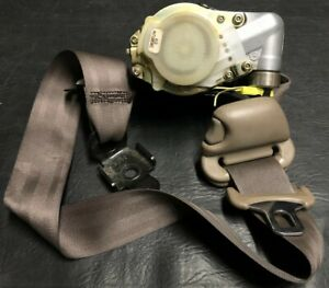 2001 2004 Oem Toyota Tacoma Front Left Lh Retractor Tensioner Seat Belt Seatbelt