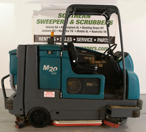 Used Tennant M20 Ride on Sweeper scrubber