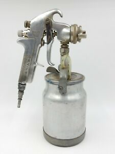 Devilbiss Jga 502 Spray Gun With 78 Tip And Type Kr Suction Feed Paint Cup