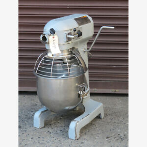 Hobart 20 Quart A200t Mixer Used Great Condition