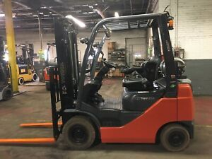 2018 Toyota 3500 Lb Solid Pneumatic Forklift With Side Shift And 2 Stage Mast