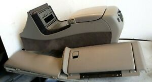 03 04 05 06 Yukon Denali Center Console Conversion Complete Glove Box Panel