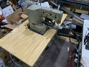 Industrial Brother Refurb Commercial Sewing Machine Lk3 b439 W table Light