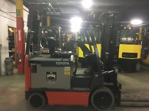 2015 Toyota 5000 Lb Electric Forklift With Side Shift And Triple Mast