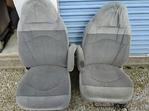 Ford F150 Front Bucket Seats Gray Cloth Driver Manual Wow
