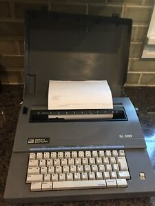 Smith Corona Sl500 Portable Electronic Typewriter W cover Tested Ribbon Good