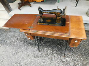 Antique 1910 Singer 66 Treadle Sewing Machine G2012170 Oak Cabinet