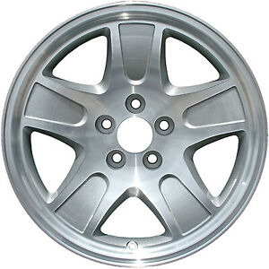 Wheel For 2001 2002 Ford Crown Victoria 17x7 Silver Refinished 17 Inch Rim