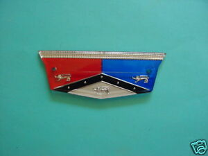 1957 58 Ford Ranchero And Wagon Tail Gate Emblem