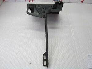 Center Mount For Hood Latch At Radiator Support 1972 73 Imperial 73cl1 7l4