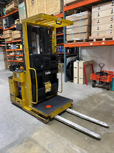 Yale Os030 Order Picker Electric Forklift 2008 3500hrs W Battery Charger