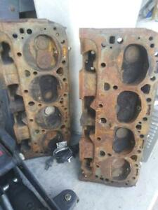 327 Chevy Double Hump Heads 8782461