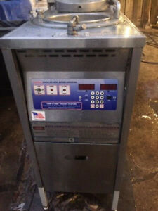 Nice Broaster Model 1600 Pressure Fryer 3 Phase 220v Commercial Kitchen