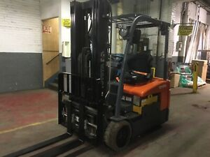 2014 Toyota 3000 Lb Electric Forklift 3 Wheel With Triple Mast Ss fp