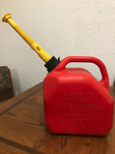 Vintage Scepter Old Type 2 Gallon Gas Can Red Poly