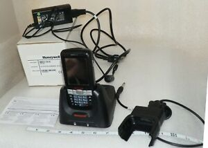 Honeywell Dolphin 60slo Mobile Scanner With Base And Charger Good Used
